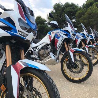 Ven por tu CRF1100 Africa Twin Adventure Sport Mecánica. 15.990.000, déjanos tu moto en parte de pago.