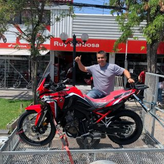 A Chillan se va otra CRF1100 Africa Twin, Rodrigo Araneda se fue feliz.